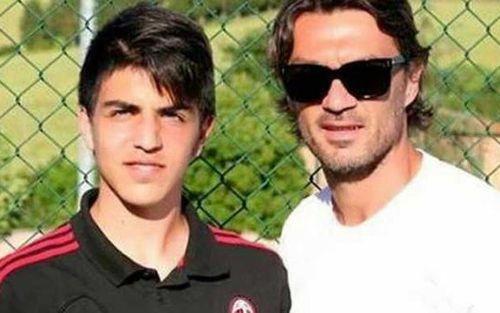 Thêm 3 ca nhiễm SARS-CoV-2 khiến cộng đồng bóng đá rúng động: Cha con nhà Maldini và cựu cầu thủ Manchester United
