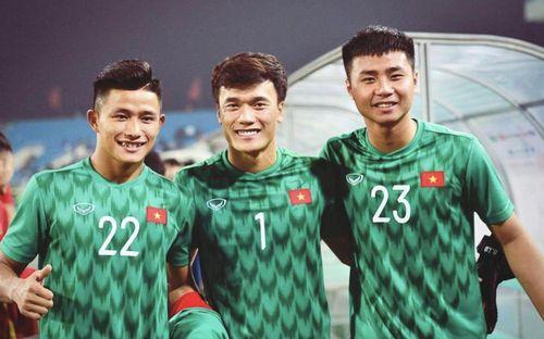 Trong thời điểm đại dịch Covid-19, thủ thành U23 Việt Nam vẫn không quên kêu gọi cộng đồng ủng hộ ngày nhận thức về tự kỷ.