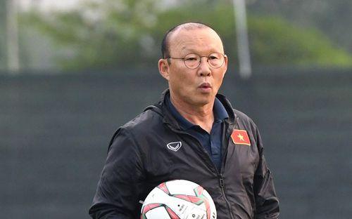 VFF khẳng định không hủy V.League, tiết lộ công việc thú vị mà HLV Park Hang-seo và cộng sự đang làm trong khi các giải bị hoãn