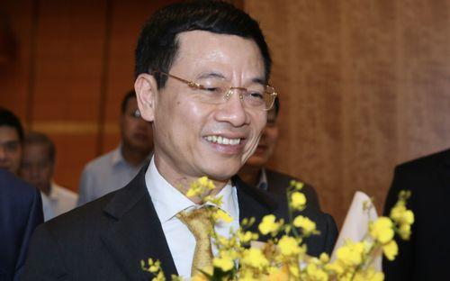 Tiểu sử ông Nguyễn Mạnh Hùng, tân Bộ trưởng Bộ Thông tin và Truyền thông