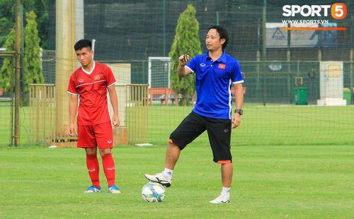 U16 Việt Nam thắng đậm, HLV Vũ Hồng Việt vẫn chưa hài lòng