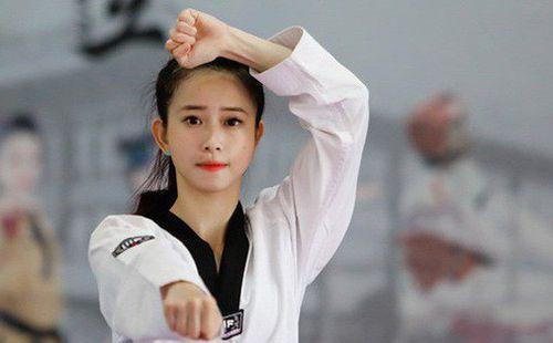 Hoa khôi làng võ Châu Tuyết Vân dừng bước ở tứ kết trước vận động viên chủ nhà Indonesia