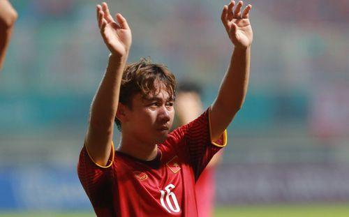 Lập siêu phẩm nhưng đội nhà vẫn thua trận, Minh Vương rơm rớm nước mắt