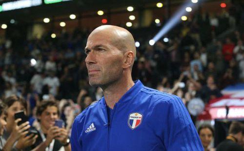 Phát biểu đầy ẩn ý, Zidane đã sẵn sàng thay thế Mourinho tại Man United?