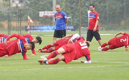AFF Cup: Sân chơi nhỏ, nhưng là bước ngoặt lớn để