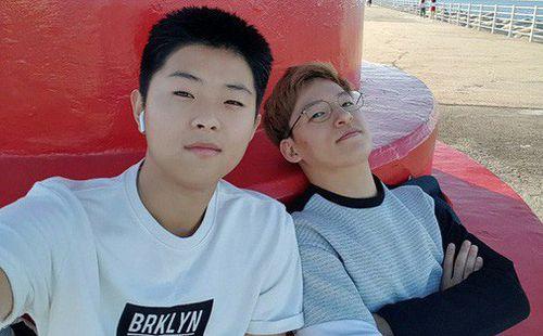 Ảnh đời thường của Lee Young Sub - trợ lý phiên dịch của HLV Park Hang Seo