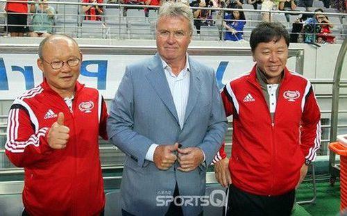Báo Hàn Quốc chỉ ra một thứ mà HLV Park Hang-seo có nhưng Guss Hiddink thì không