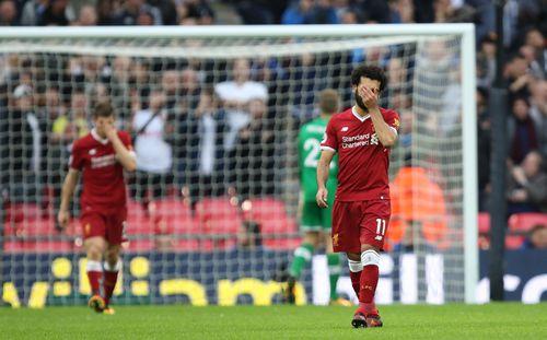 Liverpool muốn vô địch? Cứ bước qua được