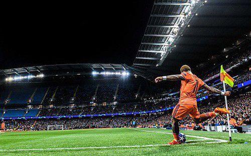 Vì sao sân của Man City nhiều ghế trống ở những trận đấu tại Champions League?