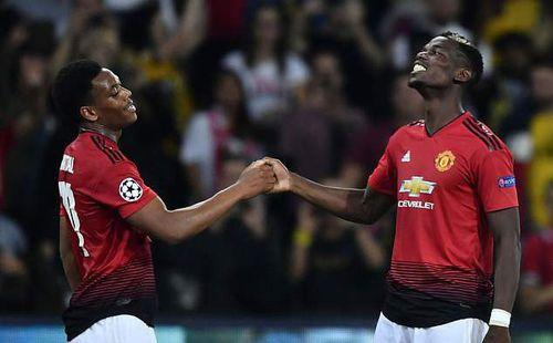 Pogba lôi bè, kéo cánh ở Man United để chống đối HLV Jose Mourinho?