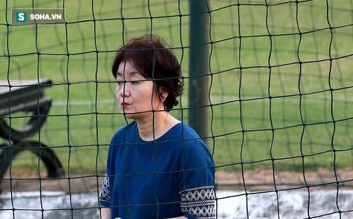 Vợ thầy Park ra