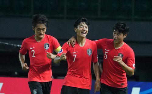Hàn Quốc thắng nhọc trước cuộc gặp Việt Nam