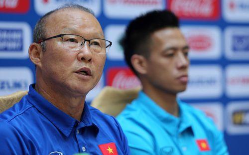 Vén màn 4 đối thủ của HLV Park Hang-seo: Từ HLV