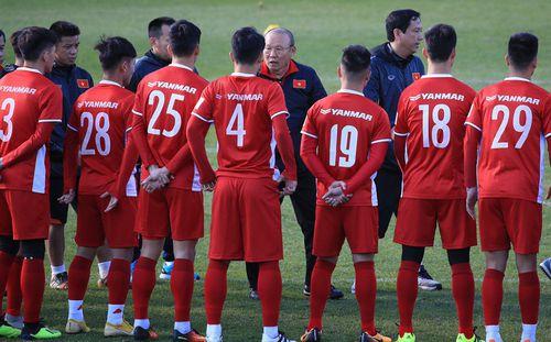 """Báo châu Á chỉ ra 3 """"thần đồng"""" có khả năng lớn thách thức bóng đá Việt Nam"""