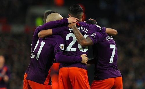 Quật ngã Tottenham, Man City lại chễm chệ trên ngôi đầu Premier League