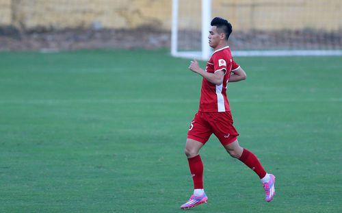 HLV Park Hang-seo lần đầu trao nhiệm vụ cho Vua phá lưới nội V.League 2018