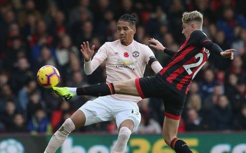 Man United chiến thắng, tiền vệ huyền thoại vẫn không tiếc lời mắng nhiếc