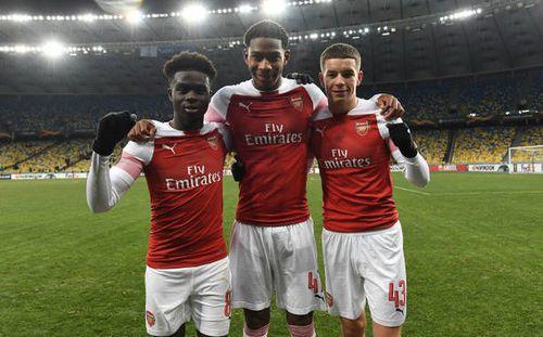 Toàn cảnh Vorskla 0-3 Arsenal: 'Pháo trẻ' mở đại tiệc