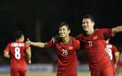 """Nóng: Đội bóng Thái Lan muốn chiêu mộ Anh Đức – Văn Đức sau màn """"xé lưới"""" Philippines"""