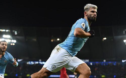 Đánh bại Liverpool bằng 2 cú đòn sắc lẹm, Man City