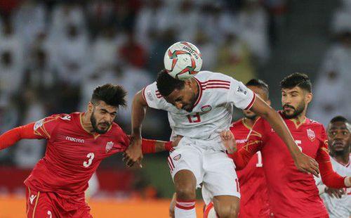 Trọng tài bắt chính trận khai mạc Asian Cup 2019 bị gọi là 'nỗi ô nhục' của bóng đá