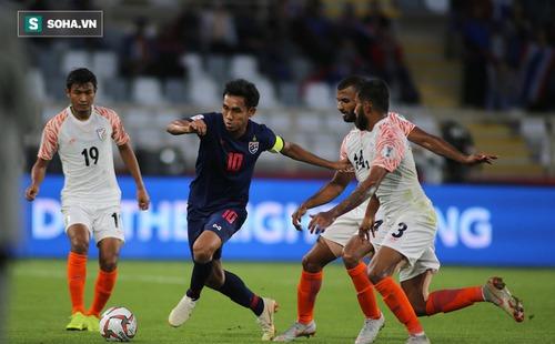 Sau thảm bại, Thái Lan sẽ lại gục ngã để rơi vào cảnh ngàn cân treo sợi tóc ở Asian Cup?