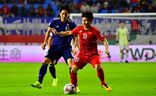 Sau tin nhắn cho Quang Hải, Á quân Euro 2016 đến tận nơi xem ĐT Việt Nam đấu Nhật Bản