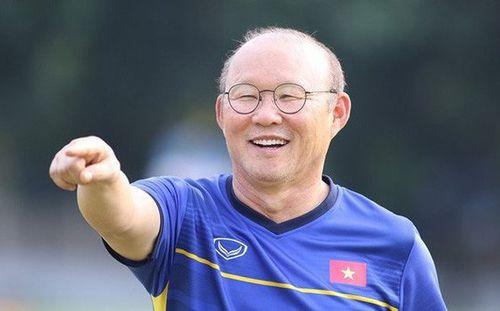 CĐV Hàn Quốc: 'Hãy để ông Park về quê nhà cầm quân'