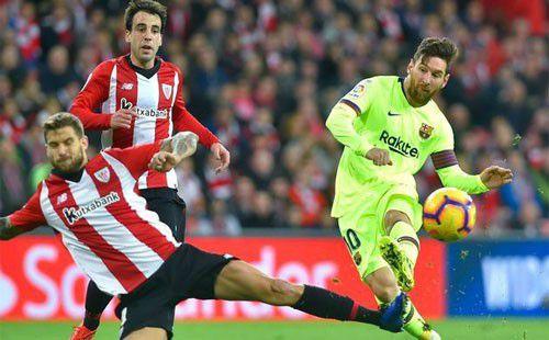 Messi bất lực, Barcelona nhận cái kết đáng tiếc sau màn tranh cãi phút bù giờ