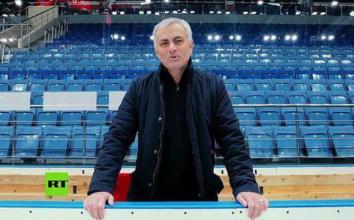 Chốt tiền đền bù với Man United, Mourinho đã có thể quên sầu vì Quỷ đỏ và cả Solskjaer