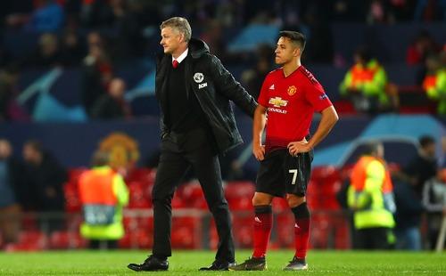 Alexis Sanchez, hãy tự cứu mình trước khi kéo chìm cả Man United