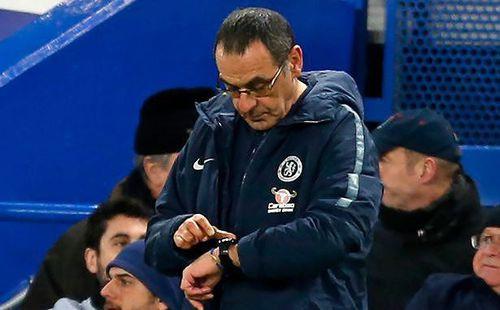 Hé lộ đội bóng sẵn sàng 'giải cứu' HLV Sarri khỏi Chelsea