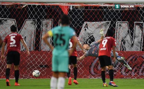 Đội bóng của Xuân Trường vô tình được hưởng lợi nhờ bàn thua của Đặng Văn Lâm