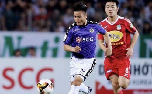 CLB Hà Nội ghi 17 bàn nhưng sao Quang Hải mãi 'tịt ngòi'?