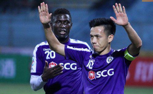 HLV đội khách Naga World tiết lộ cầu thủ quá sợ hãi Hà Nội FC ở trận thua 0-10