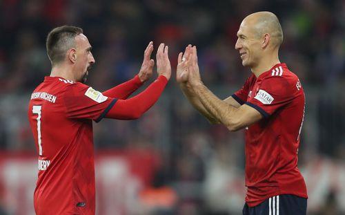 Hoeness: Bayern sẵn sàng trắng tay để chia tay Ro-Ri trong tôn trọng