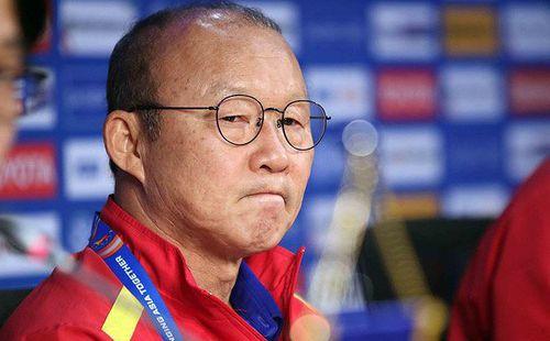 Vì sao HLV Park Hang Seo chưa gọi cầu thủ Việt kiều?