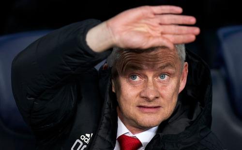 Solskjaer sai lầm và kém cỏi chẳng khác Mourinho, Man United trắng tay thật rồi