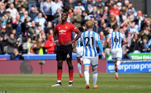 Huyền thoại Man United mắng xối xả đàn em: