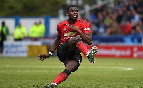 Bị phạt trăm tỷ vì Man United top 4, Pogba
