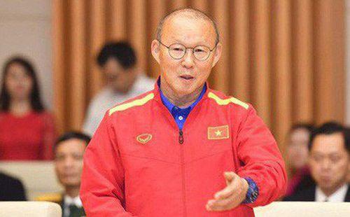 HLV Park Hang-seo nói lời khiến fan Việt ấm lòng giữa
