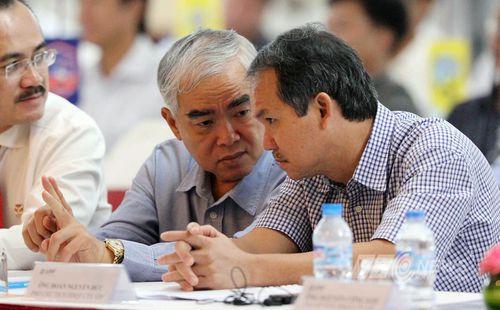 Vụ hợp đồng của thầy Park: PCT tài chính VFF cảm ơn bầu Đức dù bị chỉ trích nặng nề, kêu gọi rút lui