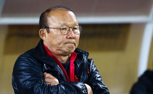Nguy cơ lớn sau mức lương tiền tỷ HLV Park Hang-seo sắp nhận