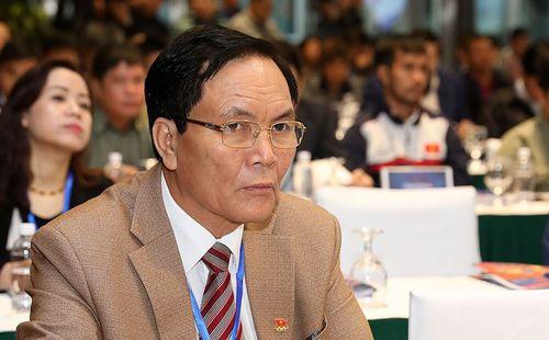 NÓNG: Sau nhiều lần bị bầu Đức công kích, Phó Chủ tịch VFF xin từ chức