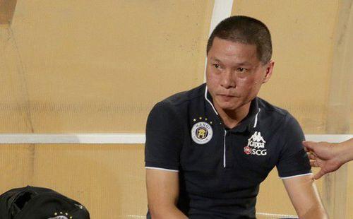 HLV trưởng vạ miệng, Hà Nội FC nhận tổn thất lớn ngay trước trận