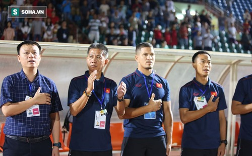 Không quan tâm ngôi vô địch, HLV Hoàng Anh Tuấn chia sẻ giấc mơ đầy tâm huyết