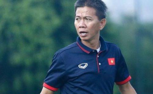 CĐV Việt Nam: 'Các cầu thủ trẻ đá không tệ, lỗi hoàn toàn là ở HLV Hoàng Anh Tuấn'