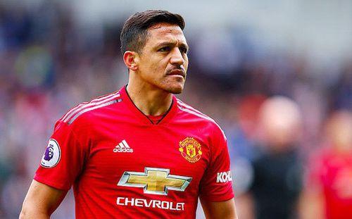 MU ném Alexis Sanchez xuống đội trẻ, cắn răng bán tháo