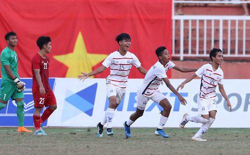 Gây địa chấn trước Việt Nam, U18 Campuchia được trọng thưởng