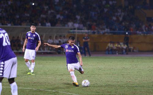 Việt Nam vượt mặt Malaysia, tiến gần tới suất dự Champions League